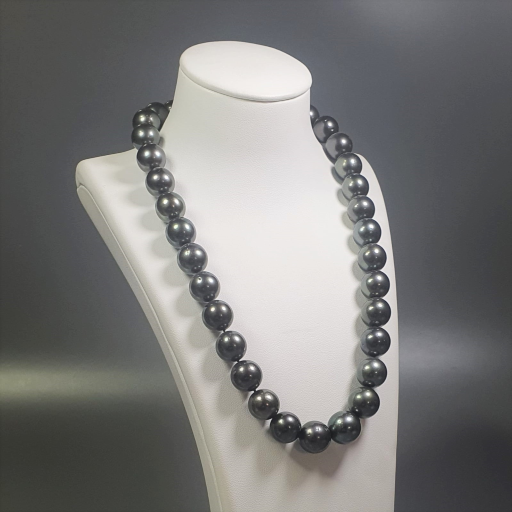 south sea natural Black AA pearl necklace
